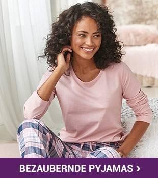 /nachtwaesche/pyjamas/_Homepage half width 1 Right_KW42_Pyjamas